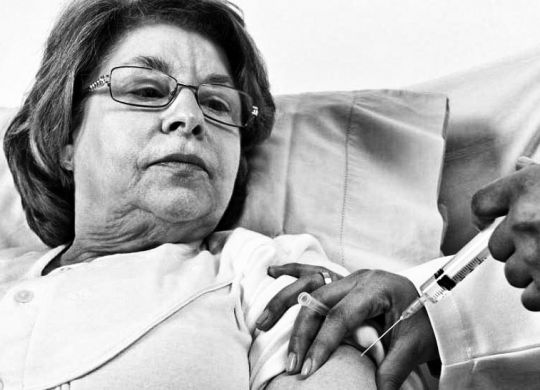 Des douleurs persistantes sont la complication la plus fréquente du zona, surtout chez les personnes âgées.