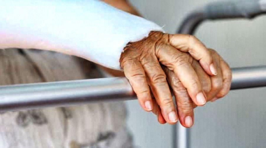 Fracture du poignet : À faire ? Complications ? Broches ou ...