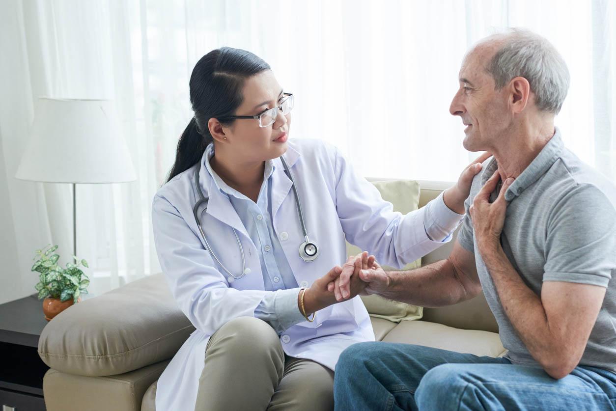 patient souffrant d une angine
