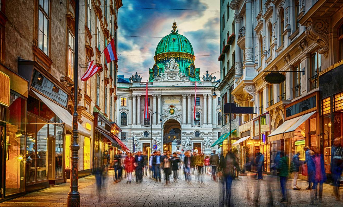 Vienne, Autriche. Palais Hofburg vu de Michaelerplatz